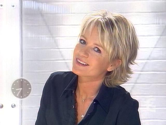 Grb89 Sophie Davant Capture Tv 08 03 2004 A